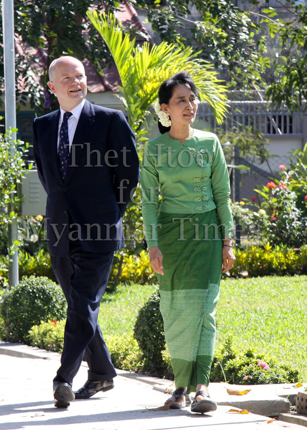 William Hague, Aung San Suu Kyi